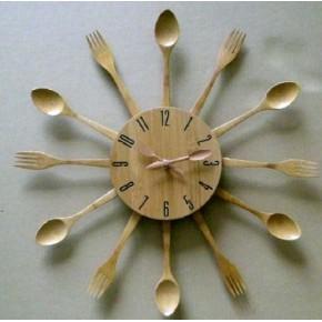 Reloj pared madera Tenedores